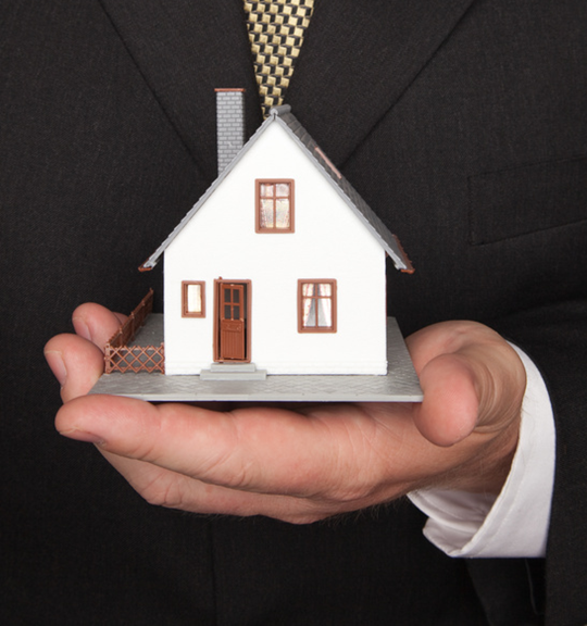 HOW TO WORK LESS AND MAKE MORE MONEY BUYING AND SELLING REAL ESTATE